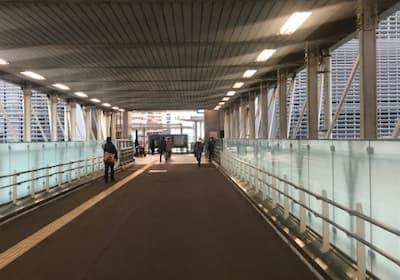 千葉駅西口通路